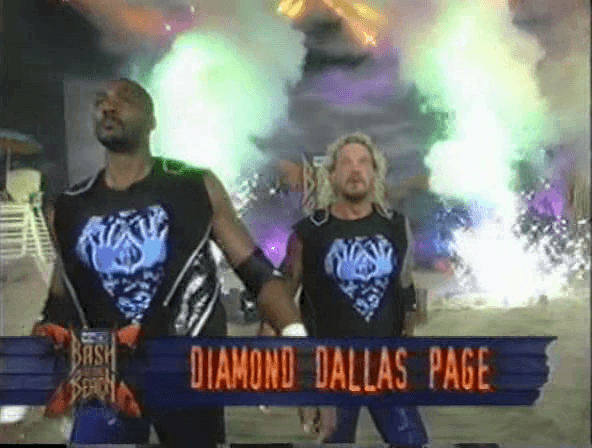 """""""Hogan, we comin for yo-"""" """"No, Karl, no!"""""""