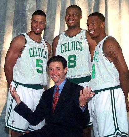Possiamo fare grandi cose insieme, once a Celtic, always a Celtic! Oh, beh, a parte tu Chauncey. Tu, ecco... sì, tu sei fuori.